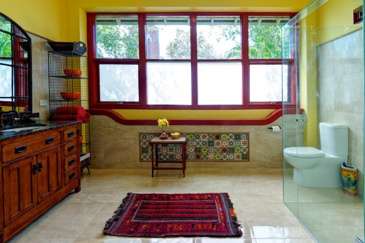 Colorful Mediterranean Style Transparent Bathroom