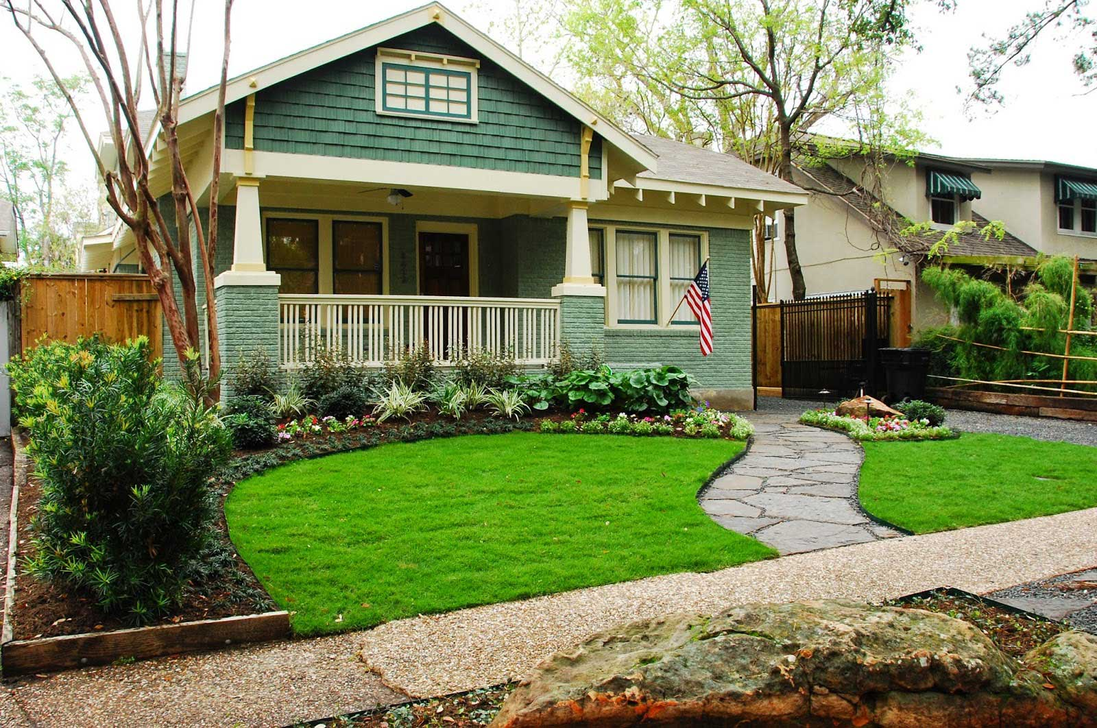 29 Curb Appeal Landscaping Ideas That Will Transform Your Home