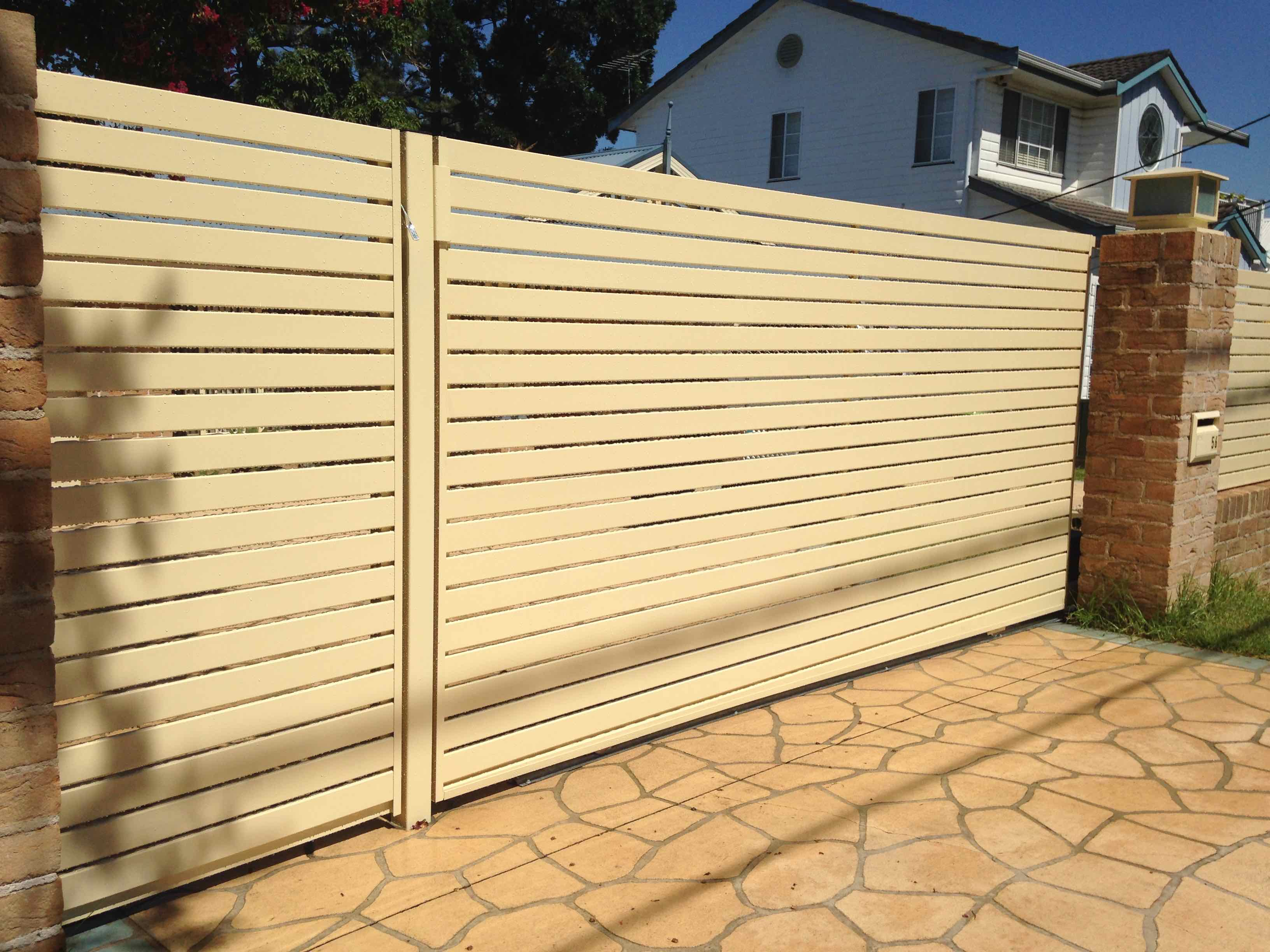 33 Brilliant Home Fence Gate Design Ideas to Protect Your Home in ...
