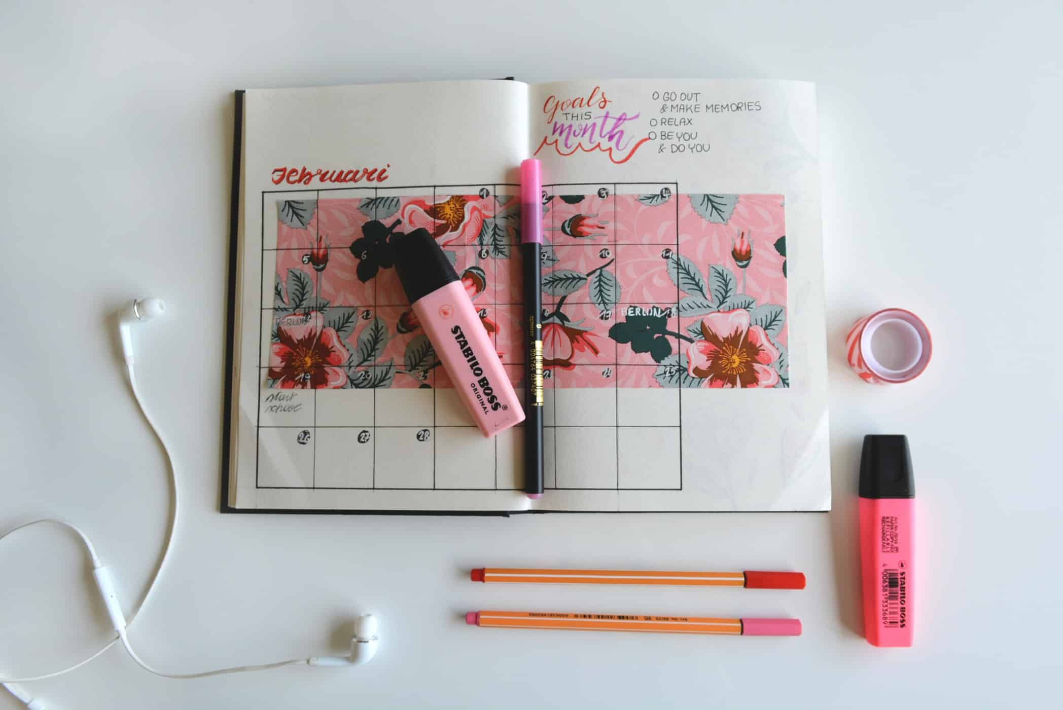 Best Sketchbook for pink Markers