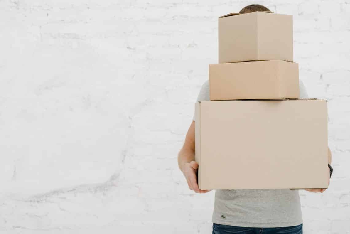 Learn how to pack quickly for a last minute move in a hurry 4