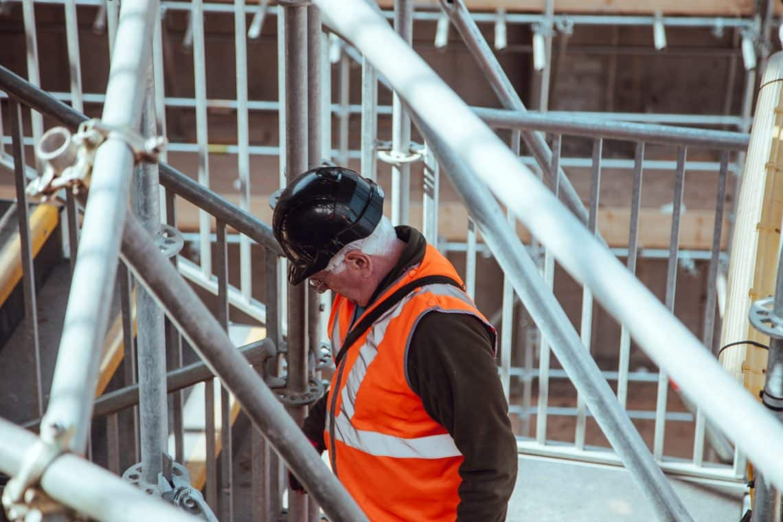 5 Most Comfortable Lightweight Hard Hats for Construction