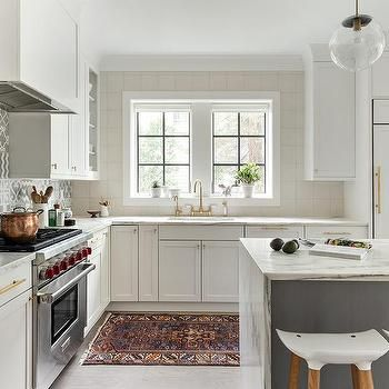 Pretty little white kitchen