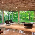 Glass house in tennessee inspired by mies