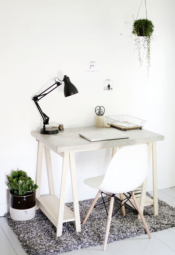 DIY Desk with Concrete Desktop