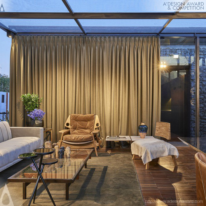 Glass house residential by cristina menezes