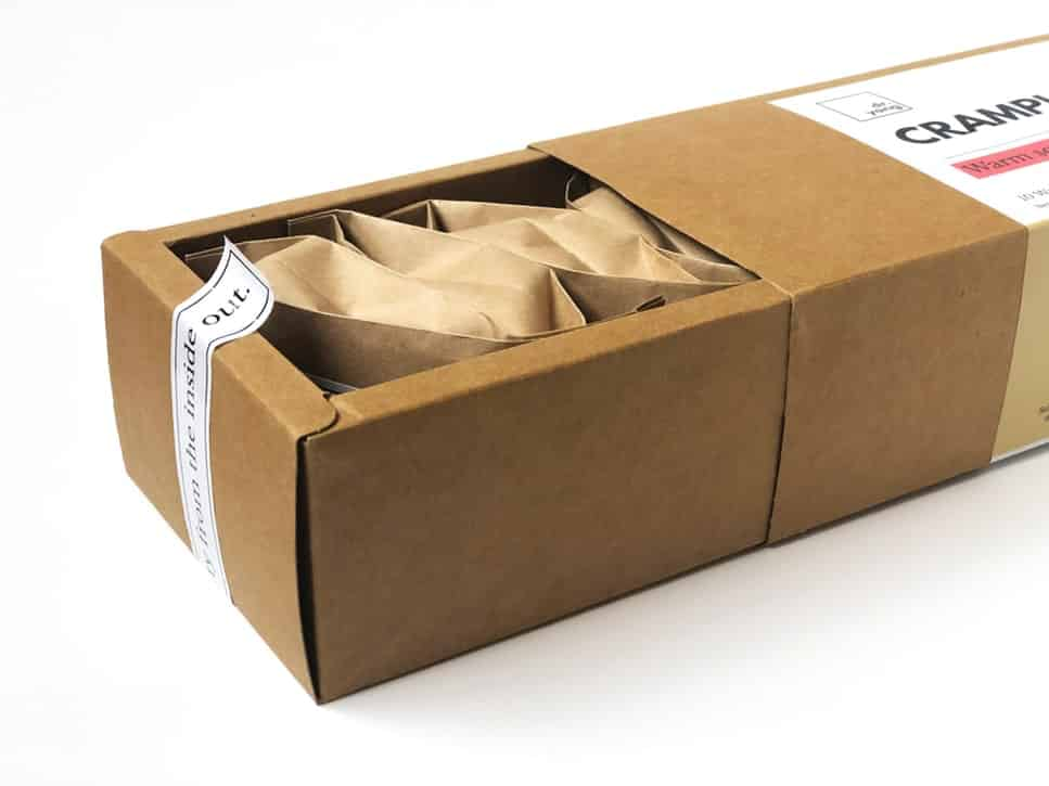 How to pack fragile items for moving 3