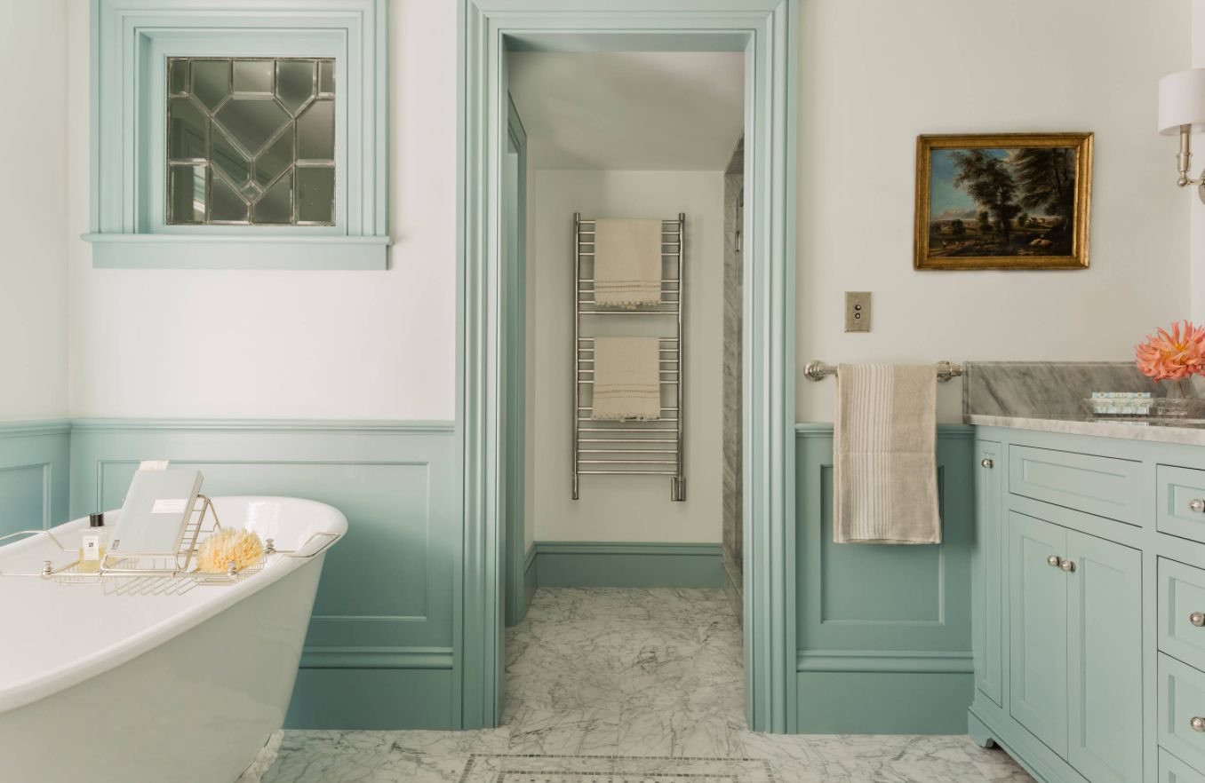 48+ Pictures Of Bathrooms With Wainscoting