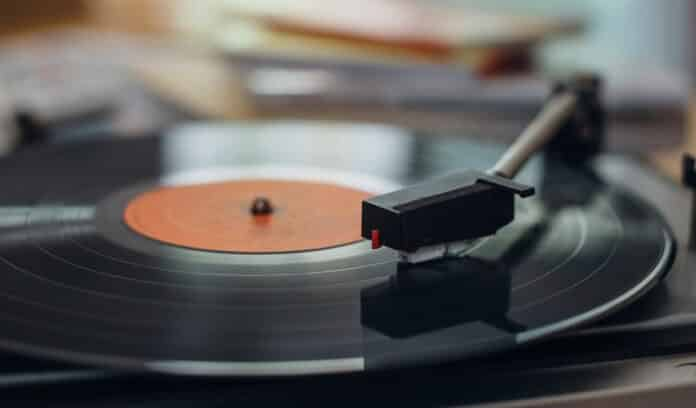 Best Record Cleaning Machines for True Vinyl Connoisseur