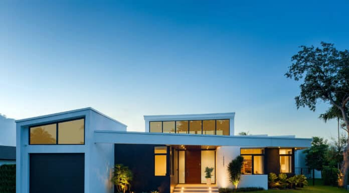 Lake View Residence by SDH Studio Architects in Miami