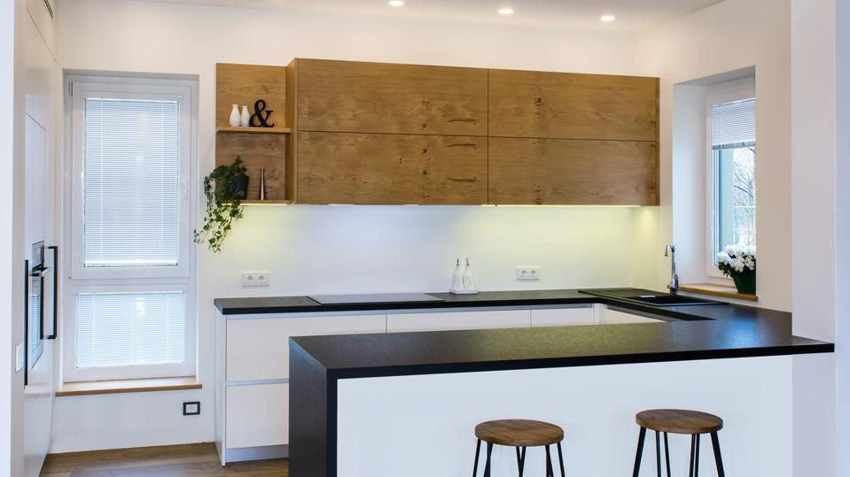 Kitchen designs and layouts 10